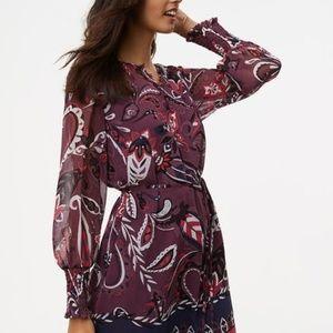 LOFT PAISLEY SMOCKED CUFF DRESS M